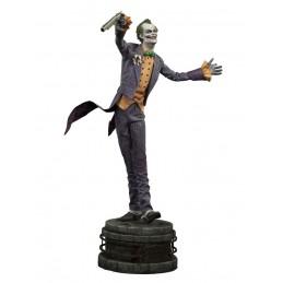 Batman Arkham Asylum statue...