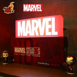 Hot Toys Marvel Light Box...