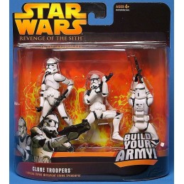 Clone troopers includes three different clone troopers white version