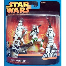 Clone troopers includes three different clone troopers green version