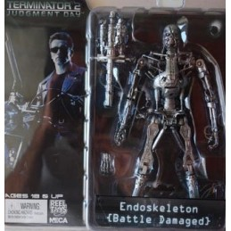 T2 series 2 T-800 endoskeleton battle damaged